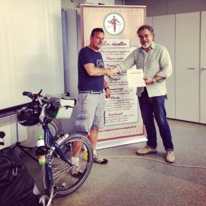 Consegna ufficiale della quinta nomination al progetto RAGIONIAMO CON I PIEDI di Astorflex. Danilo Boni e Gigi Perinello. Este (PD) 03.06.2014